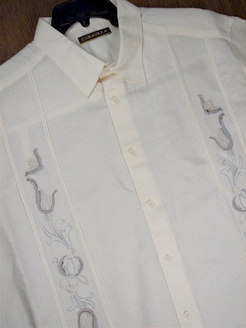 #232713. 4XL TALL. ECRU Retail $  75.00 Short Sleeve by CUBAVERA. ORNATE TUCK PANEL Whs A:  1