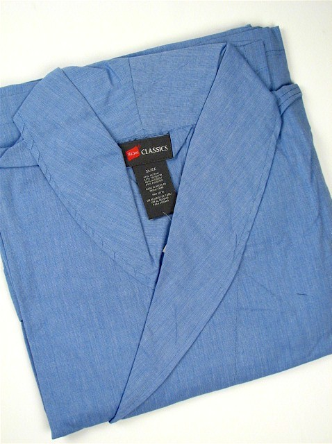 #128999. 4XL TALL. BLUE Retail $  45.00 Robes by HANES. WOVEN SHAWL ROBE Whs A: 24