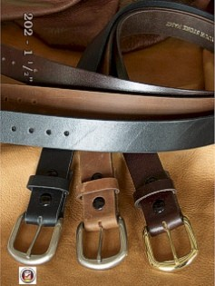 #082181. 64 . BLACK Retail $  35.00 Belts by MARK WOLF. OIL TAN 1-1/2 IN. FW:  1