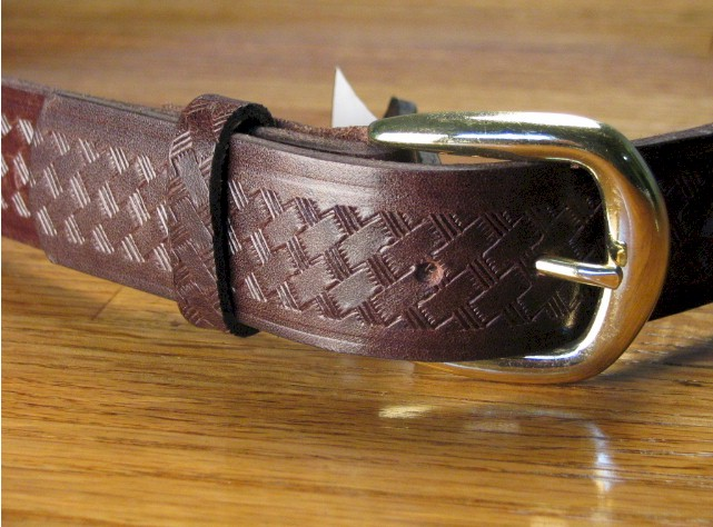 #107075. 44 . BROWN Retail $  34.00 Belts by MARK WOLF. BASKET WEAVE 1 1/2 Whs A:  1