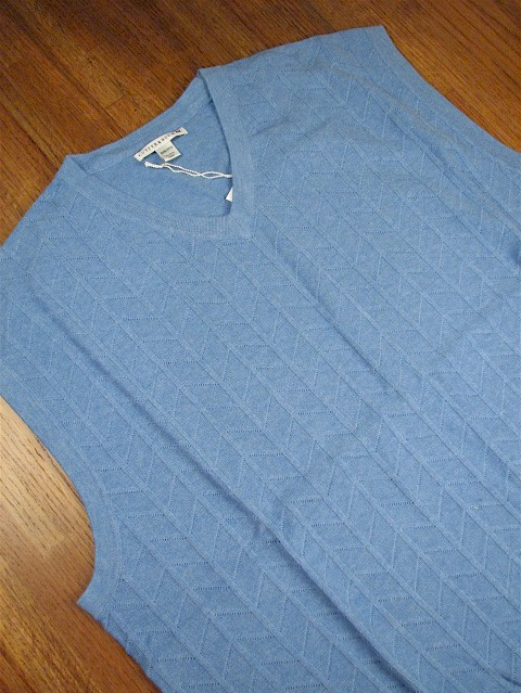 #311823. 4XL TALL. BLUE Retail $  95.00 Sweaters by CUTTER BUCK. TEXTURED CHEVRON VEST Whs A:  1