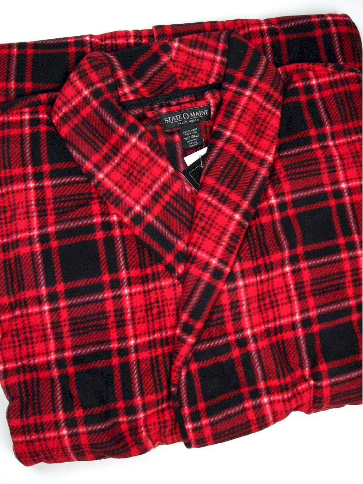 #345545. 3XL TALL. RED Retail $  50.00 Robes by STATE-O-MAINE. POLY FLUFF ROBE PLAID Whs A:  2