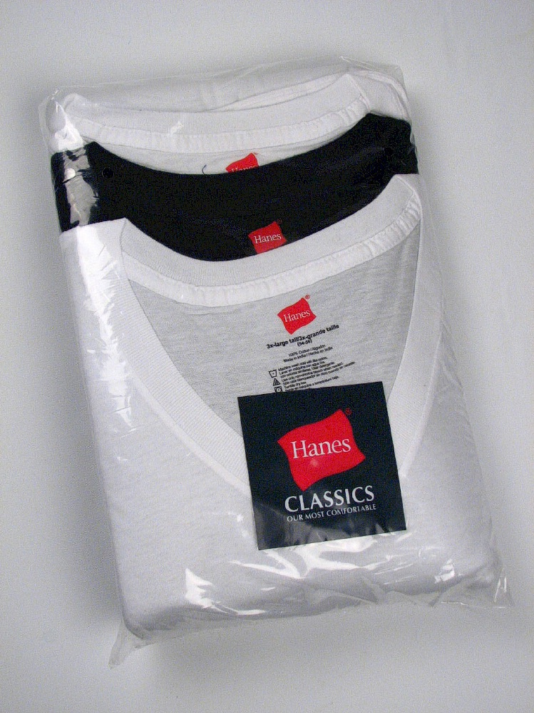 #125277. 9XL BIG. 2WHT/BLK Retail $  38.00 Underwear Tee Shirts by HANES. VNECK CLASSIC 3-PK BM Whs A:  5 FW:  2