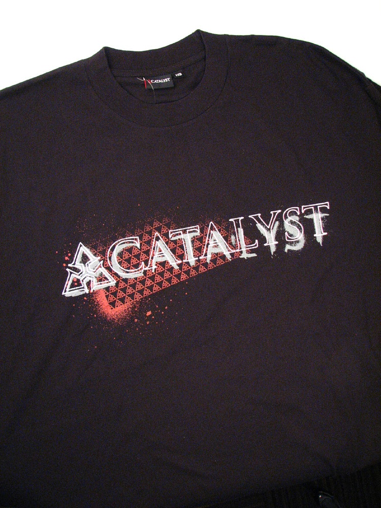 #000945. 2XL BIG. BLACK Retail $  32.00 Short Slv Graphic Tee by CATALYST. LOGO SHORT SLV TEE Whs A:  1