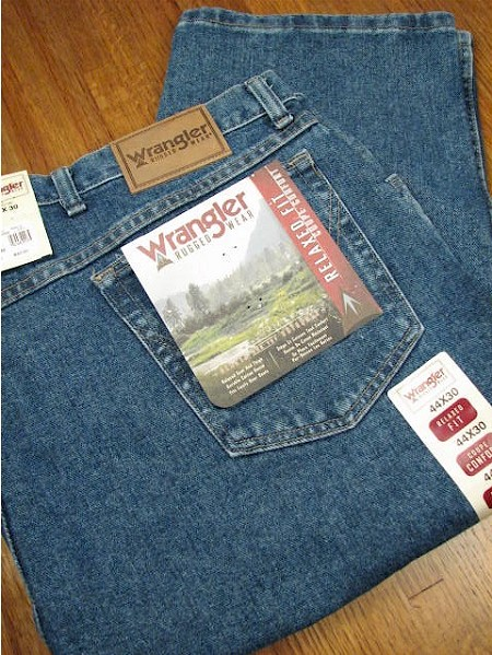 #064473. 62 30. INDIGO Retail $  48.00 Cotton Jean by WRANGLER. RELAXED FIT JEAN Whs A:  2 <BR><font size=2><b>Incl units held @ mfg.