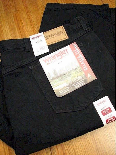 #001164. 36 36. BLACK Retail $  46.00 Cotton Jean by WRANGLER. RELAXED FIT JEAN <font face=arial size=2><BR>Special Order Item.</font> <B>Item stocked by Wrangler.  Allow 2 weeks for delivery.</B>