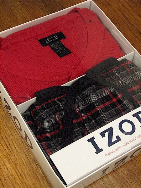 #016485. XL BIG. RED Retail $  45.00 Loungepant Sets by IZOD. WAFFLE HENLEY/PANT Whs A:  4