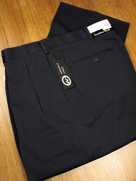 #130839. 58 REG. NAVY Retail $  69.00 Dress Pants by JONATHAN QUALE. EXPANDER GAB PLEAT Whs A:  1   <br><b>This item requires hemming.