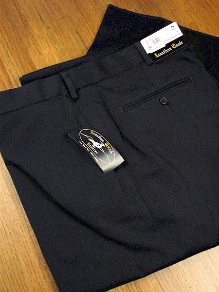 #087438. 48 REG. NAVY Retail $  69.00 Dress Pants by JONATHAN QUALE. EXPANDER GAB PLAIN Whs A:  1   <br><b>This item requires hemming.