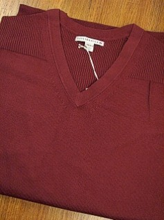 #117223. 2XL TALL. PLUM Retail $  94.00 Sweaters by CUTTER BUCK. LEGEND SUPIMA VNECK Whs A:  2