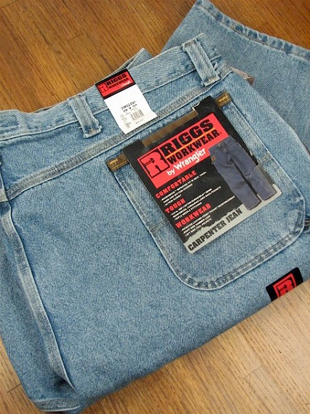 #086639. 58 30. INDIGO Retail $  49.00 Cotton Jean by WRANGLER. VINTAGE CARPENTER <font face=arial size=2><BR>Special Order Item.</font> <B>Item stocked by Wrangler.  Allow 2 weeks for delivery.</B>