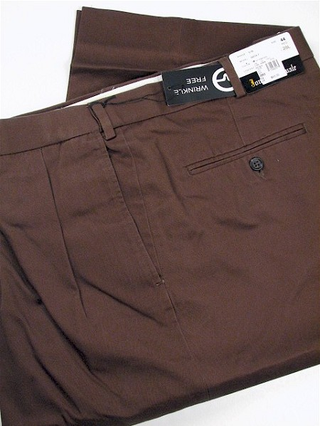 #038906. 36 38. ROOTBEER Retail $  69.00 Cotton Casual Pants by JONATHAN QUALE. PLEAT XPAND WRKLEFREE Whs A:  1