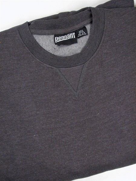 #047704. 4XL BIG. CHARCOAL Retail $  38.00 Athletic Crew by WHITE MOUNTAIN. PENNANT FLEECE CREW Whs A:  4