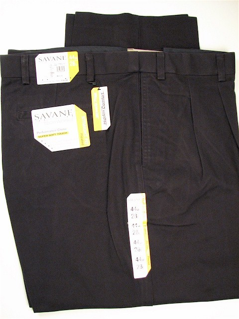 #063520. 52 32. NAVY Retail $  75.00 Cotton Casual Pants by SAVANE. PERFORMANCE CHINO Whs A:  1 FW:  1